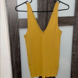 Express women's mustard yellow tank never worn